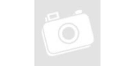 Három kövér férfi hasa
